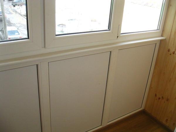 Застекленные балконы фото пластиковой панелью под кирпич..